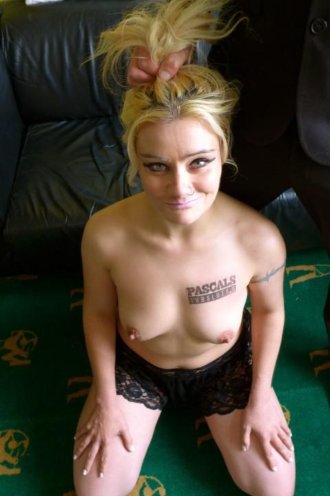Model Jakki Louise